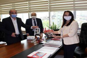 İl Sağlık Müdürlüğü'ne Maskelerimiz İletildi