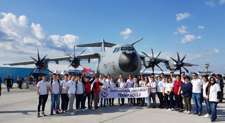 Öğrencilerimiz İstanbul Havacılık, Uzay ve Teknoloji Festivalindeydi.